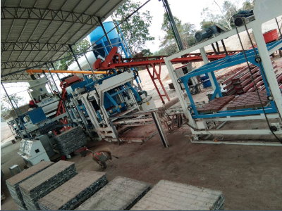QFT8-15 Block Machine in Laos